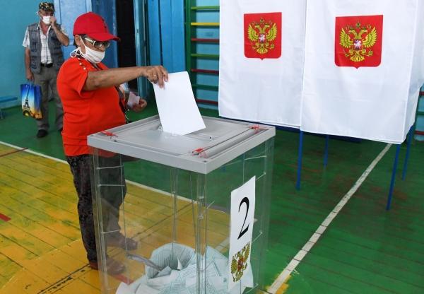 ЦИК обнародовал первые результаты голосования по поправкам к Конституции