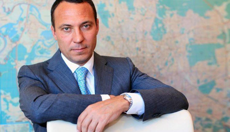 Зять премьер-министра Мишустина подал в суд на Алексея Навального