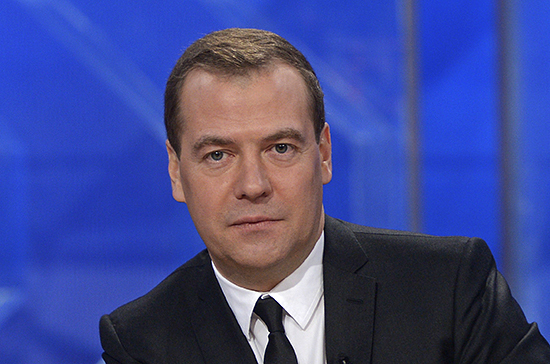 На содержание Медведева и сотрудников Кремля потратят дополнительно почти 3,5 млрд рублей