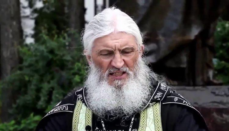 Лишенного сана схимонаха оштрафовали на 90000 рублей за отрицание коронавируса