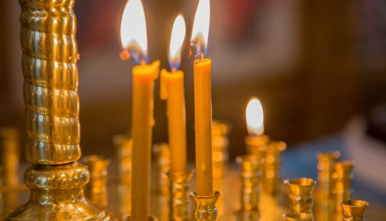 В Забайкалье на подростка, прикурившего от свечи в храме, возбудили уголовное дело