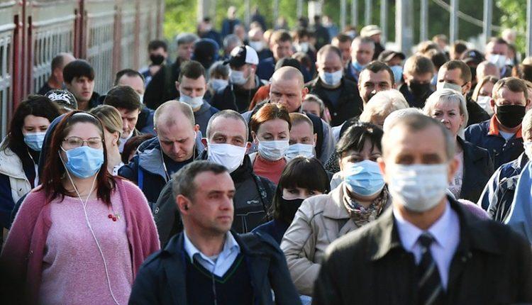 Жителей Москвы оштрафовали на 210 млн рублей за отсутствие масок и перчаток в транспорте