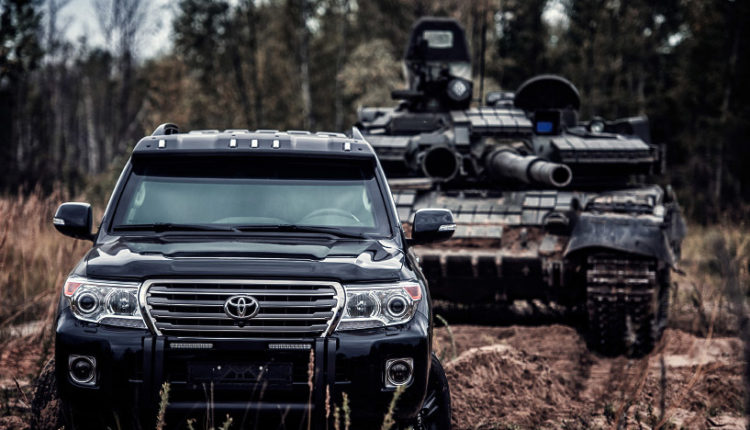 МВД приобретет пять бронированных Land Cruiser за 52,5 млн рублей для перевозки ценных свидетелей
