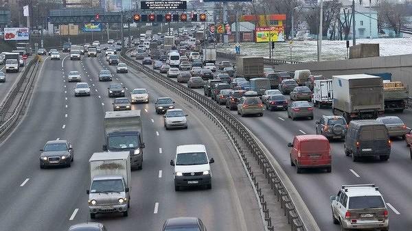 Персональные данные миллиона автомобилистов московского региона выставили на продажу в сети