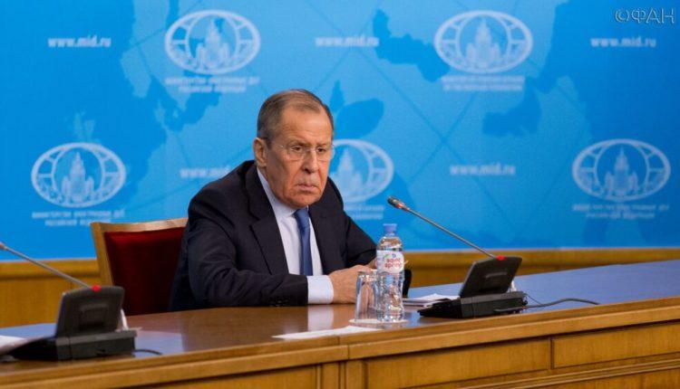 Лавров потребовал от Белоруссии в срочном порядке освободить российских журналистов