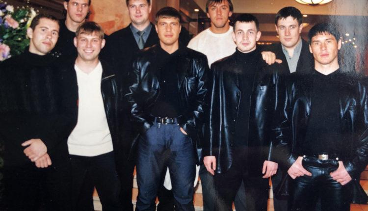 Задержан еще один участник южноуральской ОПГ «Турбазовские». Он изменил внешность и «обезличил» подушечки пальцев, но спустя 10 лет все равно попался