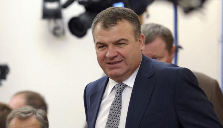 Экс-министр обороны Анатолий Сердюков засобирался на пенсию
