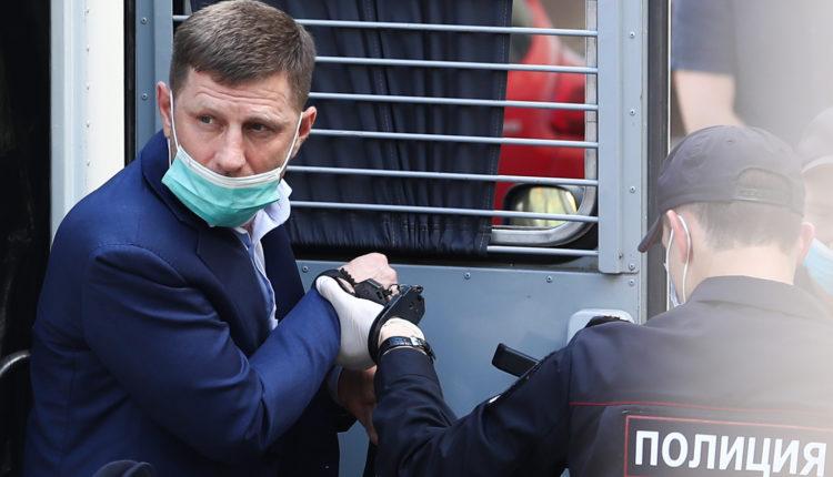 Жириновский попросил Путина смягчить меру пресечения Фургалу, чтобы успокоить протесты