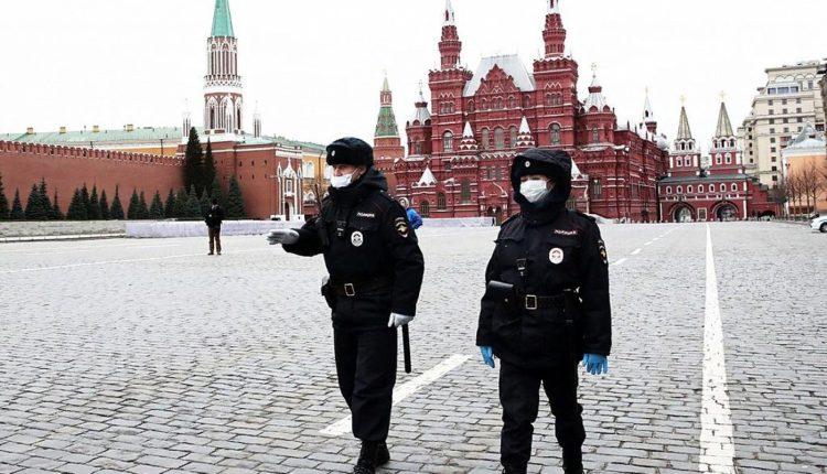 Российские власти хотят вернуть карантин при 10 тысячах новых заболевших COVID-19 в день