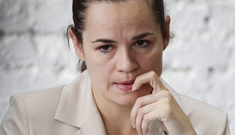 Тихановская выступила с обращением к россиянам. ВИДЕО