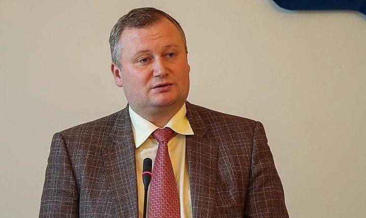 Чиновник из Выборга украл 700 млн рублей и отдал половину из них за пост в мэрии Москвы