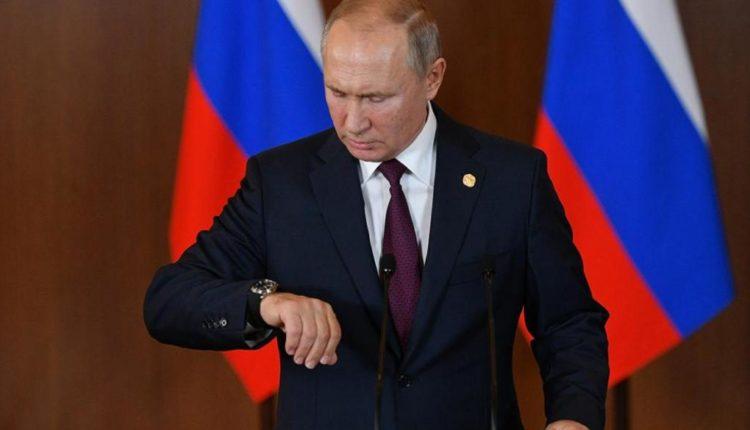 «Левада-центр»: рейтинг доверия Путину вырос после проседания из-за пандемии. На втором месте – Жириновский
