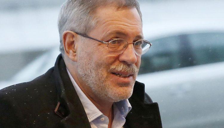 Глава Хакасии вновь выиграл суд по иску к пресс-секретарю «Роснефти», который назвал его «манифестированным дебилом»