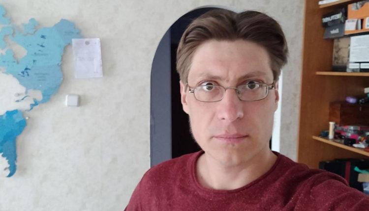 Омского оппозиционера оштрафовали за экстремизм из-за опубликованного семь лет назад видео об обещаниях «Единой России»