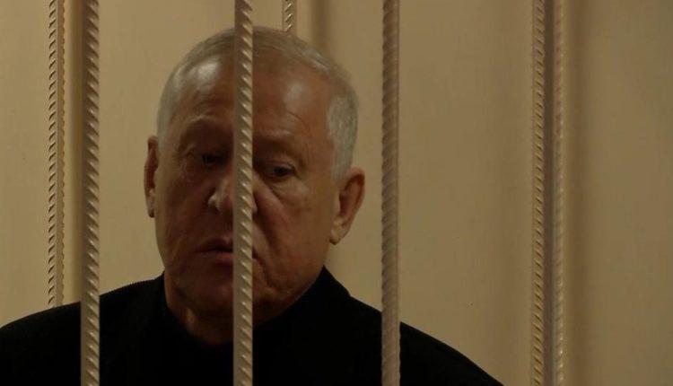 В два раза меньше, чем требовал прокурор: экс-главе Челябинска Евгению Тефтелеву дали срок за взятку