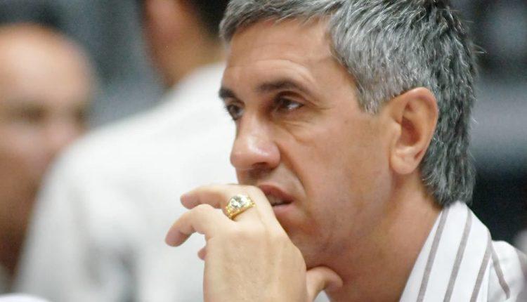 Обвиняемого в заказных убийствах экс-депутата Быкова, которого суд отпустил из СИЗО днем, вновь задержали спустя несколько часов
