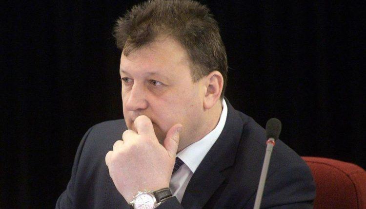 Торговля свободой от ФСБ: генерал Ткачёв оказался замешан в коррупционном деле крупного взяточника