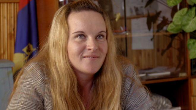 Победившая на выборах главы поселения уборщица хотела уйти в отставку, но передумала