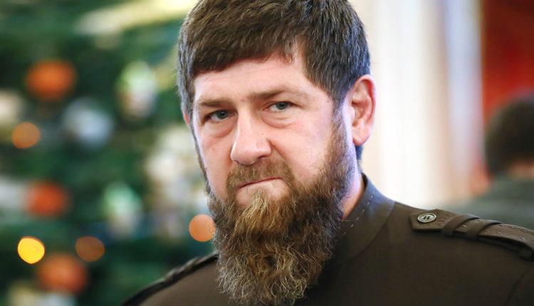 Кадыров назначил четвероюродного брата руководителем своей администрации