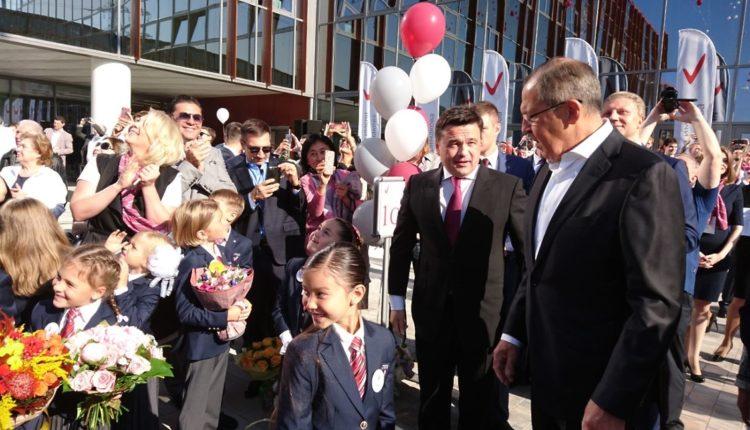 Гимназия на Рублевке, в которой учатся дети российской элиты, получит миллиард из бюджета Подмосковья