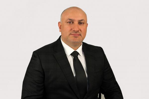 Депутат-единоросс избил женщину-предпринимателя. На него возбудили уголовное дело