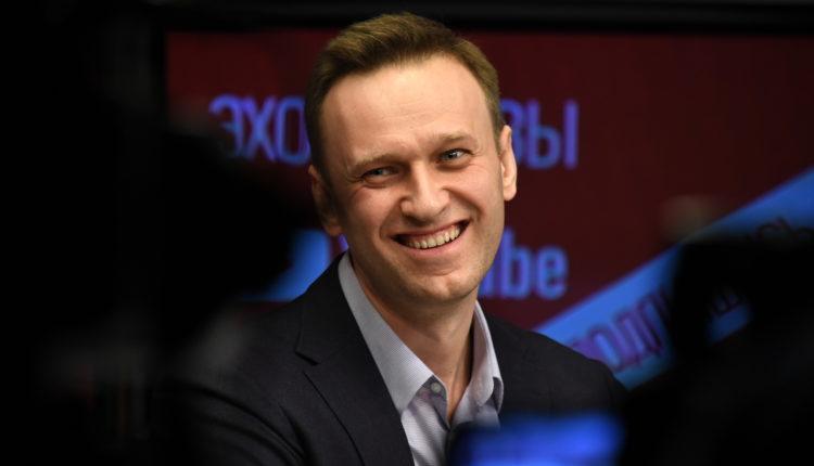 В Следственном комитете заявили, что не проверяют Навального на экстремизм