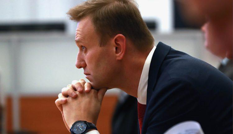 56 стран ОЗХО потребовали от России расследовать отравление Навального