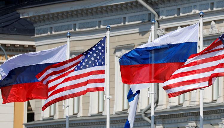 Новые санкции США против России будут включать в себя высылку дипломатов и ограничения против госдолга