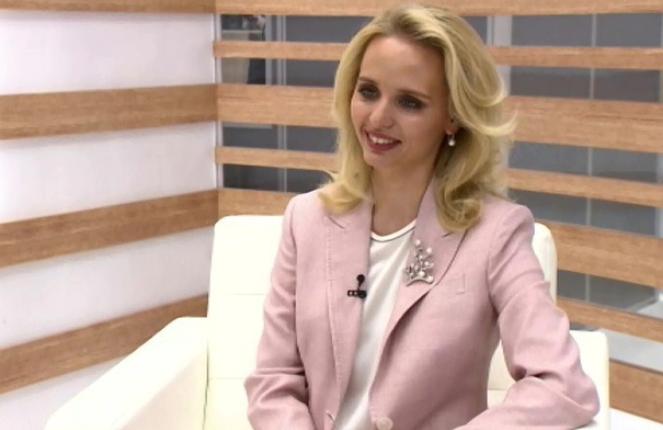 Старшая дочь президента Путина дала интервью телеканалу