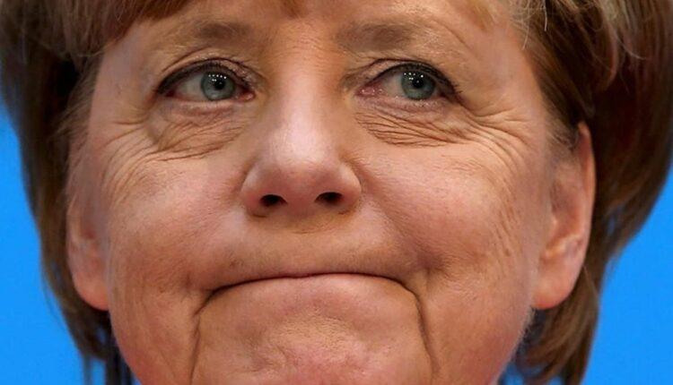 В Омской области жители деревни обратились к Ангеле Меркель за помощью в ремонте дороги. ВИДЕО